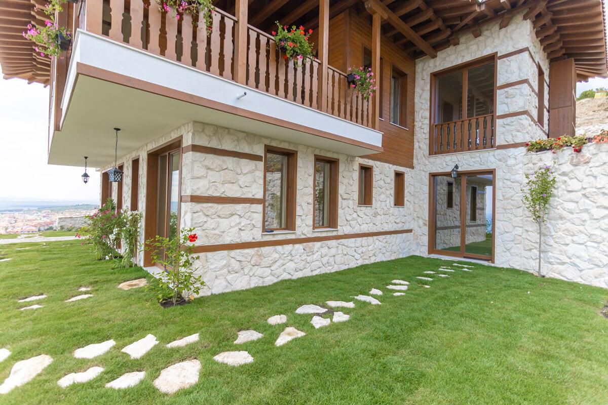 Venid Eco Village House